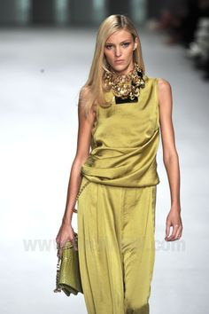 Elie Saab Spring 2011 Ready-to-Wear Collection