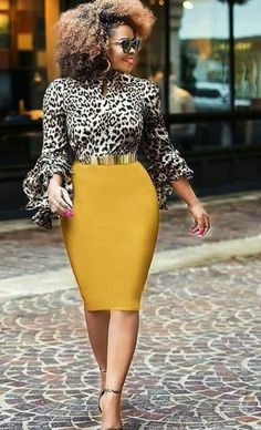 Blouse à imprimé animalier meilleures tenues Take a look at the best Animal print blouse in the photos below and get ideas for your outfits! Sexy Work Outfit, Casual Work Outfits, Mode Outfits, Classy Outfits, Skirt Outfits, Chic Outfits, Dress Skirt, Work Attire, Office Attire