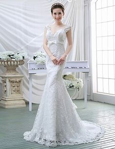Trumpet/Mermaid V-neck Sweep/Brush Train Wedding Dress (Lace) – GBP £ 72.99