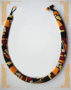 Love the geometric design Bead Crochet Patterns, Bead Crochet Rope, Crochet Designs, Beaded Crochet, Crochet Beaded Bracelets, Beaded Jewelry, Handmade Jewelry, Beaded Necklace, Neck Rings