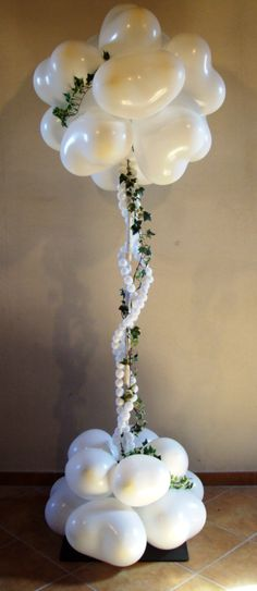 Wedding column.  #balloon-column #balloon-decor #balloon-wedding-decor #balloon-topiary