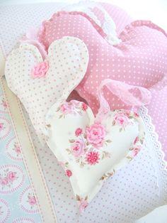 FRIVOLE:  Deze hartjes maakte ik voor een klant..          ...