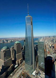 """SKYLINE NUEVa YORK. La Torre Uno, llamada originalmente """"de la libertad""""."""