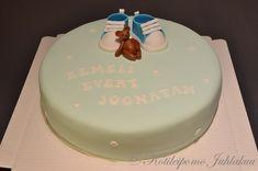 Eemeli Evert Joonatanin ristiäiskakku Birthday Cake, Baby Shower, Desserts, Food, Babyshower, Tailgate Desserts, Deserts, Birthday Cakes, Essen