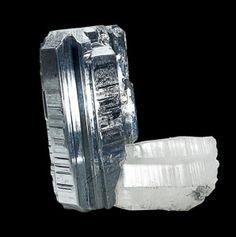 Bournonite-on-quartz,Yaoganxian Mine