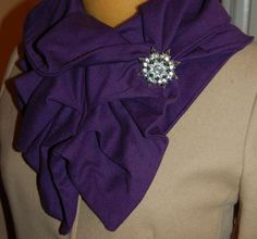 Simple Knit Ruffle Scarf DIY - cost under $5 to make and only takes about 15-20 minutes.
