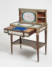 Afbeeldingsresultaat voor Writing and reading table (table en secrétaire)Martin Carlin
