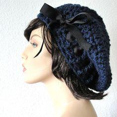 School Girl Beret  Navy Beret Hand Crocheted Slouchy por kanokwalee, $42.00