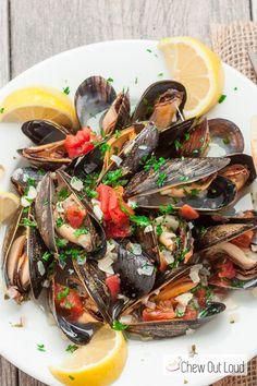 Mussels in Lemon Butter Wine Sauce | g (4)