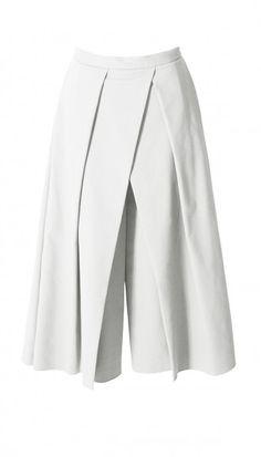 Tibi -p Agathe Pleated Culottes Fashion Pants, Hijab Fashion, Fashion Outfits, Hijab Stile, Modele Hijab, Fashion Details, Fashion Design, Pants Pattern, Mode Vintage