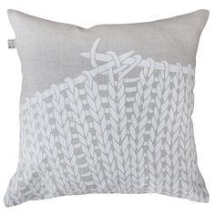 Coooooooool I wonder if I can sketch this design on fabric or make an iron-on thing? Knitting pillow by Maya Muse Textiles Megan Ward, Garden Cushions, Cushions Online, Knit Pillow, Knitting Projects, Yarn Projects, Crafts To Do, Knitting Yarn, Merino Wool Blanket