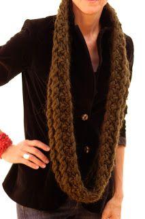 Infinity Cowl knit pattern