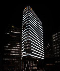 350,000 LEDs to illuminate 5,200 glass panes