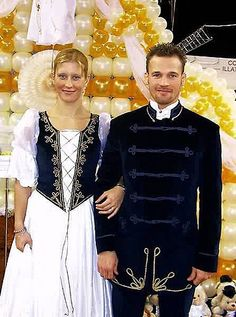 traditional hungarian wedding dresses | Flickr - Photo Sharing! Traditional Wedding Attire, Hungarian Embroidery, Character Costumes, People Of The World, Beautiful People, Faux Brick, Brick Walls, Bride, Ancestry