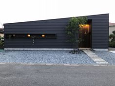 Architecture in Japan Facade Design, Exterior Design, Architecture Design, Tin House, Warehouse Design, Contemporary House Plans, New House Plans, Story House, House Rooms