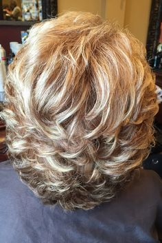 Color cut and highlights by Helen - Best Hair Styles EVER Medium Layered Hair, Short Hair With Layers, Medium Hair Cuts, Short Hair Cuts For Women, Medium Hair Styles, Haircut For Thick Hair, Curly Hair Cuts, Short Curly Hair, Curly Hair Styles
