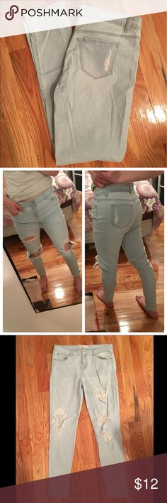 ✨NEW✨  Torn Light Wash Jeans Used distressed skinny jeans |  In good condition, not stains or marks |  Several holes in front and distressed spots along pockets |  Holes have become further distressed from wear |  Major distress/destruction is trending! |   🚫 no trades  💵 open to reasonable offers refuge Jeans Skinny