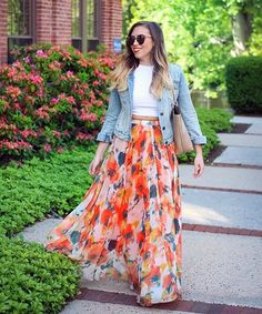 When in doubt add a denim jacket. It is a winner for all occasions. | The Very Best Outfits for a Work to Party Lifestyle