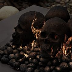 Ceramic fireproof skulls are available in natural skull gray or matte black. Ceramic Fireproof Skulls, Bones and Mini Skull sets are a fun, creative, and easy way to liven up your fire pit or fireplace, especially around Halloween. Halloween Pumpkins, Fall Halloween, Halloween Bottles, Halloween Gifts, Scary Halloween, Fire Pit Lava Rocks, Skull Fire, Fire Pit Essentials, Fire Pit Decor