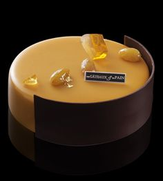 entremets_jouranrhumbrun_ra Gourmet Desserts, Sweet Desserts, Plated Desserts, Dessert Recipes, Beautiful Cakes, Amazing Cakes, Bolo Grande, Decoration Patisserie, French Cake