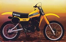 1979 Yamaha Another toy I rode, this one would of been an Enduro bike. Dt Yamaha, Yamaha Bikes, Vintage Bikes, Vintage Motorcycles, Youth Dirt Bikes, Kawasaki Dirt Bikes, Yamaha Motocross, Bike Drawing, Moto Bike