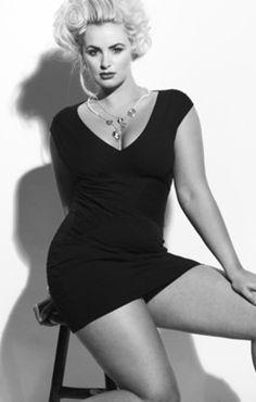 Curvy Women, gorgeous curves!