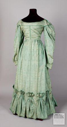 1828, vermutlich Tageskleid, aus Seidentaft, Polen