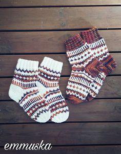 Knitting Socks, Haku, Handmade Ideas, Mittens, Google, Crafts, Knit Socks, Fingerless Mitts, Manualidades