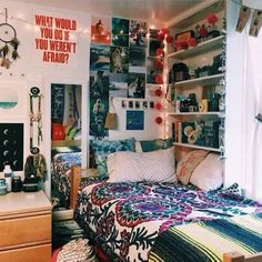 Fun bold colors look awesome in boho dorm rooms! Fun bold colors look awesome in boho dorm rooms! Boho Dorm Room, Cool Dorm Rooms, Bohemian Room, College Dorm Rooms, Bohemian Living, Bohemian Bedrooms, Bohemian Apartment, Dream Rooms, Dream Bedroom
