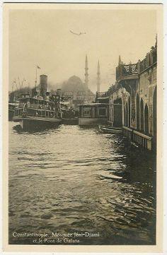 Galata köprüsü eski iskele ve Yeni Cami.