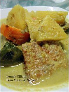 Hanieliza's Cooking: Lemak Ciliapi Ikan Masin & Nenas