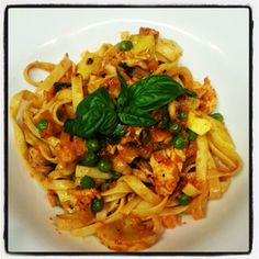 Roasted Red Pepper with Chicken, Peas, Yellow Squash & Basil over Fettuccine