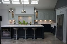 1909 Painted In - Frame kitchen in Charcoal and Partridge Grey Open Plan Kitchen Living Room, Real Kitchen, Dining Room, Kitchen Units, Kitchen Ideas, Kitchen Rules, Island Kitchen, Kitchen Photos, Kitchen Remodel Cost