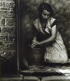Young housewife, Bethnal Green, London, 1937 - photo by Bill Brandt