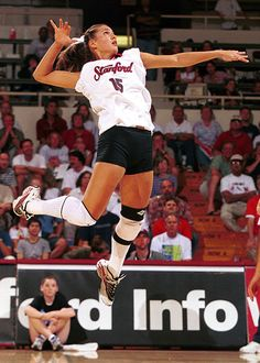 Logan Tom when she played for Stanford. She is a now a pro volleyball player. One of my top 3 vball loves. Volleyball Training, Volleyball Hitter, Coaching Volleyball, Women Volleyball, Beach Volleyball, Stanford Volleyball, Volleyball Positions, Volleyball Photos, Games