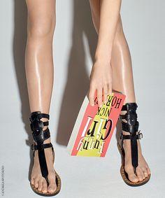 Les 30 sandales mode de l'été 2015 (chaussures de l'été) http://www.vogue.fr/mode/shopping/diaporama/les-30-sandales-mode-de-lete-2015/21052