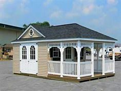 Forget Man Caves! She Sheds Are The New Female Equivalent   Ummmm so want to turn one into a bar/wine tasting shed!