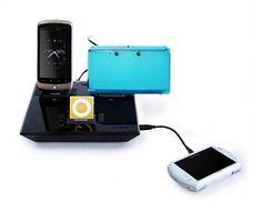 Idapt + Lightning tip Iphone Gadgets, Lightning, Watch, Charger, Filing Cabinets, Clock, Bracelet Watch, Lightning Storms, Clocks