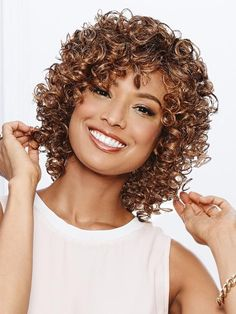 Pretty-Short-Curly-Hairstyle Popular Short Curly Hairstyles 2018 2019 - June 22 2019 at Curly Hair With Bangs, Haircuts For Curly Hair, Short Curly Hair, Hairstyles With Bangs, Curly Hair Styles, Hairstyles 2018, Spiral Perm Short Hair, Medium Curly, Hairstyles Videos