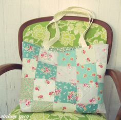 vintage grey:: a patchwork bag