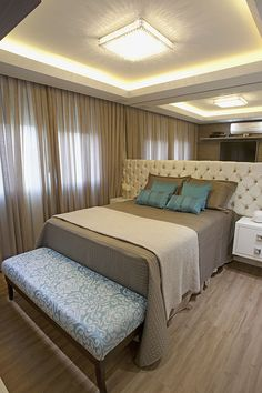 Bedroom design loft platform beds Ideas for 2019 Arranging Bedroom Furniture, Bedroom Furniture Sets, Bedroom Decor, Furniture Arrangement, Trendy Bedroom, Modern Bedroom, Apartment Design, Bedroom Apartment, Platform Bed Designs