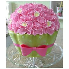 Pink and green giant cupcake Giant Cupcake Cakes, Large Cupcake, Small Cake, Fun Cupcakes, Fondant Cakes, Cupcake Cookies, Gorgeous Cakes, Pretty Cakes, Cute Cakes