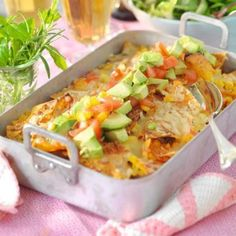 Quickly cooked Taco Gratin. Something that everyone likes: taco flavors together in a gratin. Meat Recipes, Mexican Food Recipes, Healthy Recipes, Ethnic Recipes, Easy Oven Baked Chicken, Minced Meat Recipe, Scandinavian Food, Swedish Recipes, Healthy Food Choices
