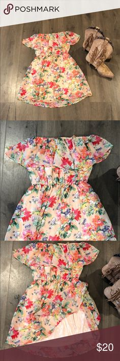 Summer dress Romantic no sleeve summer floral dress! I paired it with my Cowgirl boots only worn twice! Love this dress! Dresses Strapless
