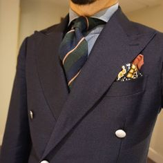 I need more ties Preppy Men, Preppy Style, My Style, Navy Jacket, Men's Jacket, Mohair Suit, Blazers, Dapper Men, Fine Men