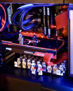 [May the Fourth] Star Wars themed Battlestation incorporating Lego (Album) Pc Gaming Desk, Best Gaming Setup, Gaming Pc Build, Computer Build, Gaming Pcs, Gaming Room Setup, Pc Desk, Computer Setup, Pc Setup