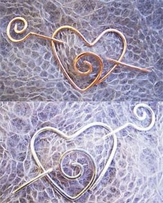 shawl pins - Made me think of Emma Scarf Jewelry, Hair Jewelry, Metal Jewelry, Beaded Jewelry, Handmade Jewelry, Jewellery, Wire Crafts, Jewelry Crafts, Barrettes
