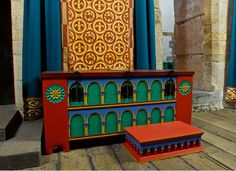 Dover Castle recreation from the time of Henry II Medieval Houses, Medieval Life, Medieval Castle, Dover Castle, Medieval Furniture, English Heritage, Faux Painting, Custom Made Furniture, Painted Boxes