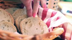 I know several people who prefer bread as their staple diet. And even, the kids also love bread to meet their hunger on different occasions.
