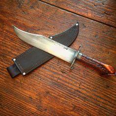 94 отметок «Нравится», 3 комментариев — Swamp Fox Knives Forge (@swampfoxknives) в Instagram: «Big stag handled bowie#knifenut#knifeporn#knifefanatic#knivesweekly#re-enactor#bowieknife»